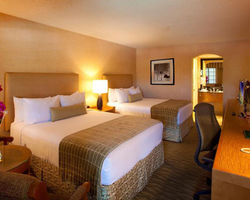 Palm Springs- LODGING holiday-Best Western Las Brisas