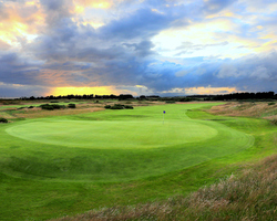 Ayrshire amp West-Golf trek-Dundonald