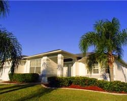 Naples Fort Myers-Lodging vacation-Fort Myers Homes and Villas-3 Bedroom Executive Pool Home 4 Star