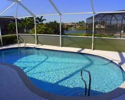 Naples Fort Myers-Lodging weekend-Fort Myers Homes and Villas-3 Bedroom Executive Pool Home 4 Star