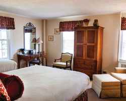 Sandhills-Lodging holiday-Mid Pines Inn