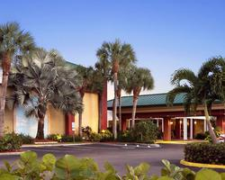 Naples Fort Myers-Lodging excursion-Ramada Inn Naples-Standard Room