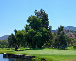 San Diego-Golf travel-Sycuan Resort Casino - Oak Glen course