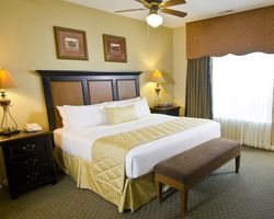Williamsburg- LODGING trek-The Historic Powhatan Resort-1 Bedroom Deluxe