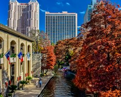 San Antonio-Lodging holiday-Marriott San Antonio Riverwalk