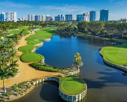 Golf Vacation Package - Sizzling South Beach Miami and Top-End Golf  for 494.00 per day!