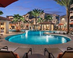 Golf Vacation Package - Brand new luxury Villa + SunRidge/Eagle Mtn/Dinosaur Mtn/Legacy for $99!