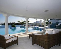 Bermuda Islands- LODGING excursion-Newstead Belmont Hills Golf Resort Spa