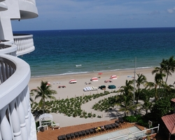 Fort Lauderdale-Lodging expedition-Beachcomber Resort Villas-Pool Deck Room