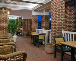 Williamsburg- LODGING trek-Country Inn and Suites