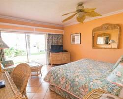 Bermuda Islands-Lodging tour-Coco Reef Beach Resort-Beach Front Room Double Occupancy
