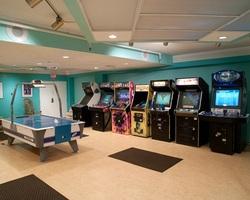Ocean City DE Shore-Lodging weekend-Cayman Suites Hotel-Standard Room