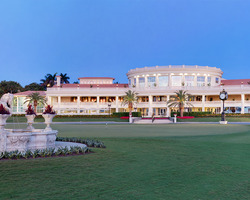 Miami- LODGING vacation-Trump National Doral Resort Lodging