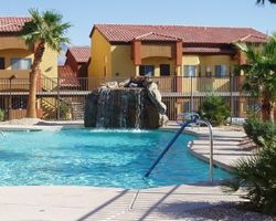 Mesquite-Lodging holiday-Hawk Ridge Condominiums-2 Bedroom 2 Kings Sleeper Sofa
