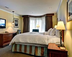 Williamsburg-Lodging trek-Kingsmill Golf Resort