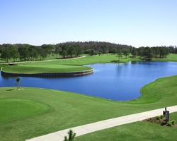 Tampa St Petersburg- LODGING weekend-Emerald Greens Condo Resort at Carrollwood Country Club-2 Bedroom Villa
