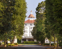 Pinehurst- LODGING trip-The Carolina Hotel-Carolina Double Occupancy w Breakfast and Round of Golf Plan