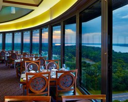 Robert Trent Jones Trail-Lodging vacation-Marriott Shoals Hotel Spa-Standard Room