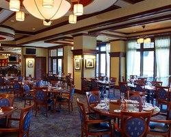 Robert Trent Jones Trail-Lodging travel-Marriott Shoals Hotel Spa