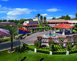 Phoenix Scottsdale- LODGING expedition- The Scottsdale at McCormick Ranch-Standard Room 1K or 2Q