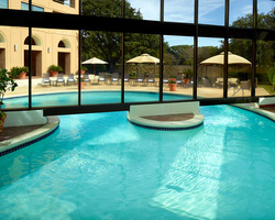 Austin - Barton Creek- LODGING holiday-The Omni Southpark Austin-Deluxe Room 1 K or 2 Q
