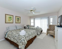 Ocean City DE Shore- LODGING travel-River Run Townhouse 8-4 Bedroom Townhouse - 6 Golfers
