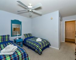 Ocean City DE Shore- LODGING holiday-River Run Townhouse 8-4 Bedroom Townhouse - 6 Golfers