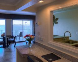 Tampa St Petersburg- LODGING holiday-Sailport Waterfront Suites on Tampa Bay-1 Bedroom Suite