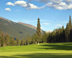 Golf Vacation Package - Stewart Creek Golf Club