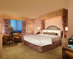 Las Vegas- LODGING holiday-Golden Nugget Hotel And Casino-Carson Tower