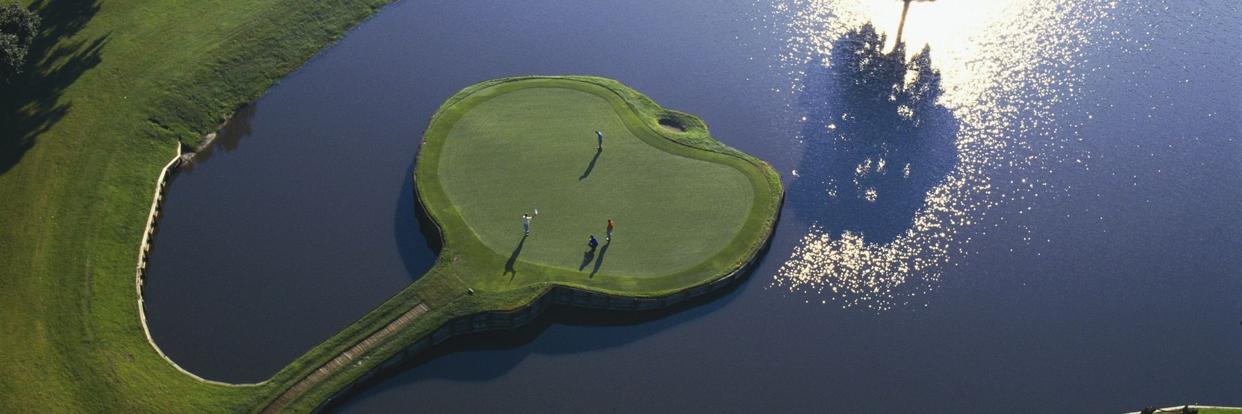 Golf Vacation Package - TPC Sawgrass Resort & PLAYERS Stadium Course for $327 per day!