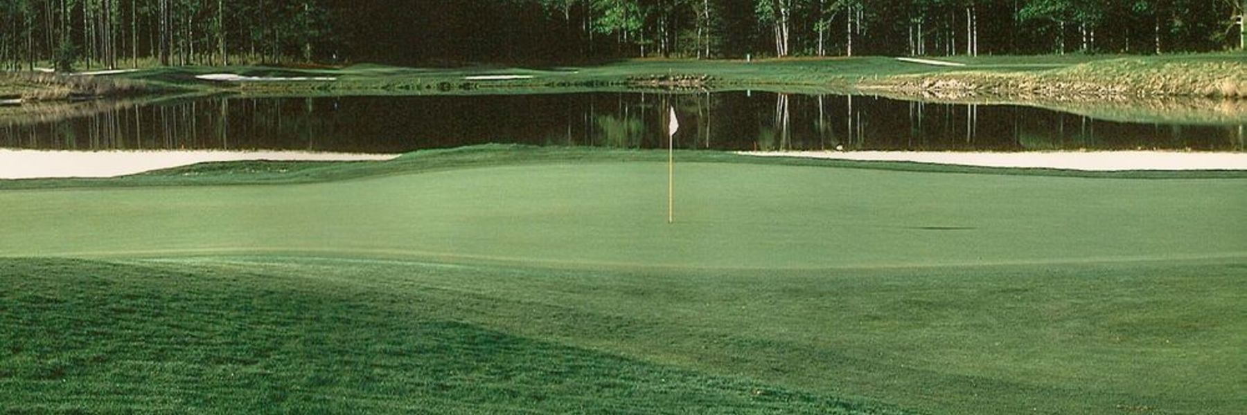 Golf Vacation Package - 3 Nights at the Sandcastle Beachfront Hotel + 3 Rounds for $145 per person / per day!
